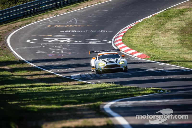 #6 Aston Martin Racing Aston Martin Vantage GT3: Jonathan Adam, Річі Стеневей, Матіас Лауда