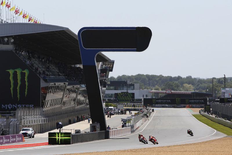 Marc Marquez, Repsol Honda Team; Andrea Iannone, Ducati Team, und Bradley Smith, Tech 3 Yamaha