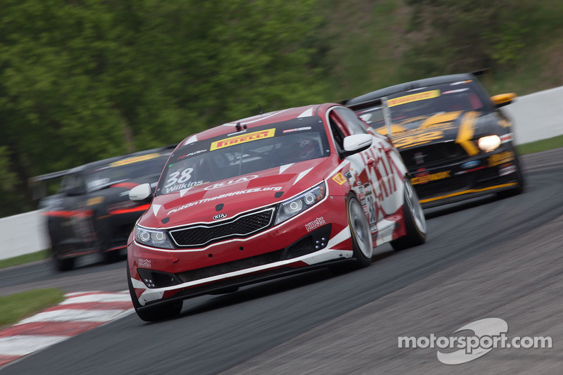 #38 Kinetic Motorsports / Kia Racing, Kia Optima: Mark Wilkins