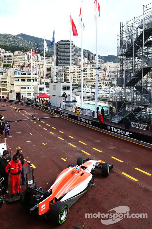 Will Stevens, Manor F1 Team, esce dai box