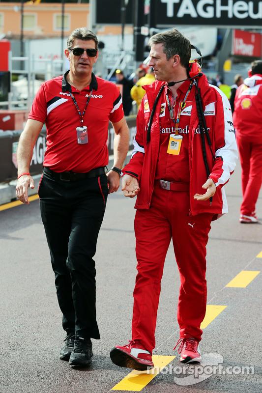 (Von links nach rechts): Graeme Lowdon, Geschäftsführer Manor F1 Team, mit James Allison, Technischer Direktor Ferrari