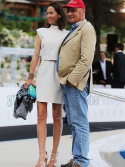 Niki Lauda, Presidente Non Esecutivo Mercedes con sua moglie Birgit Lauda all'Amber Lounge Fashion S