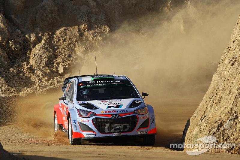 Hayden Paddon and John Kennard, Hyundai i20 WRC Hyundai Motorsport