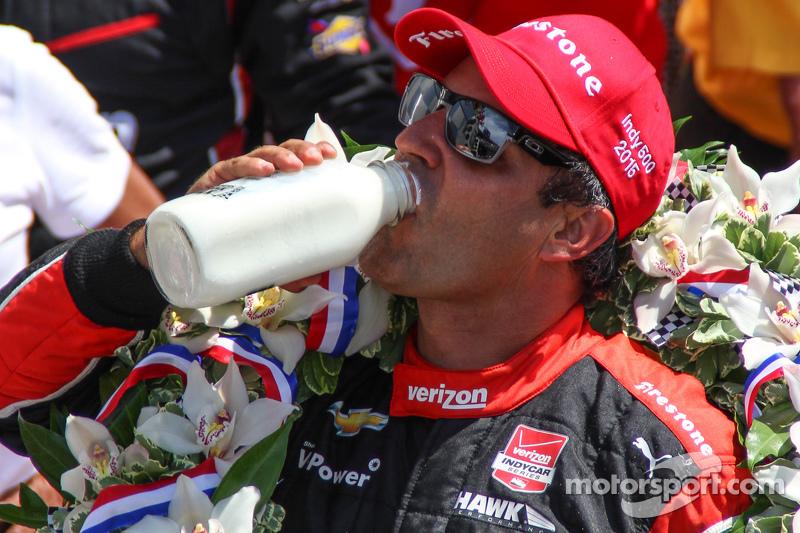 Race winner Juan Pablo Montoya, Team Penske Chevrolet