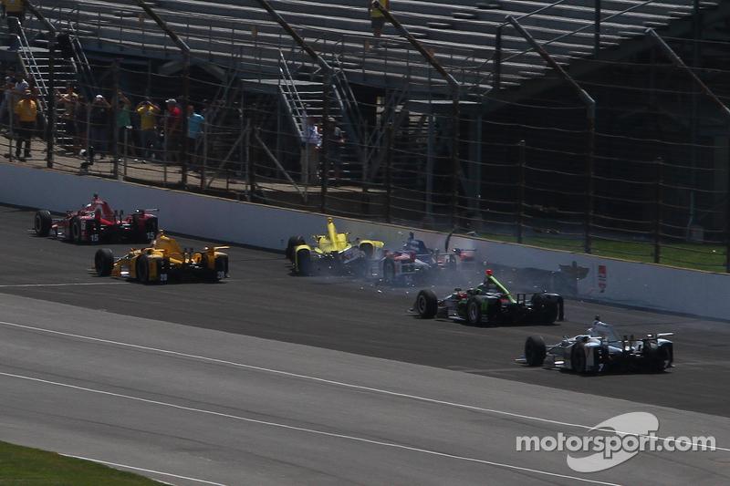 2015 und ein Crash gleich in Runde 1