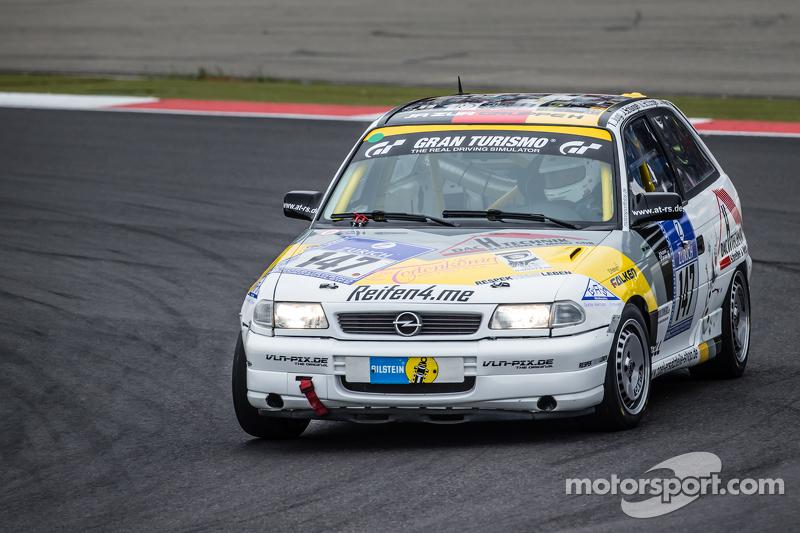 #147 MSC Adenau e.V. im ADAC, Opel Astra Gsi: Tobias Jung, Jessica Schüngel, Ulrich Schüngel, Jörg M