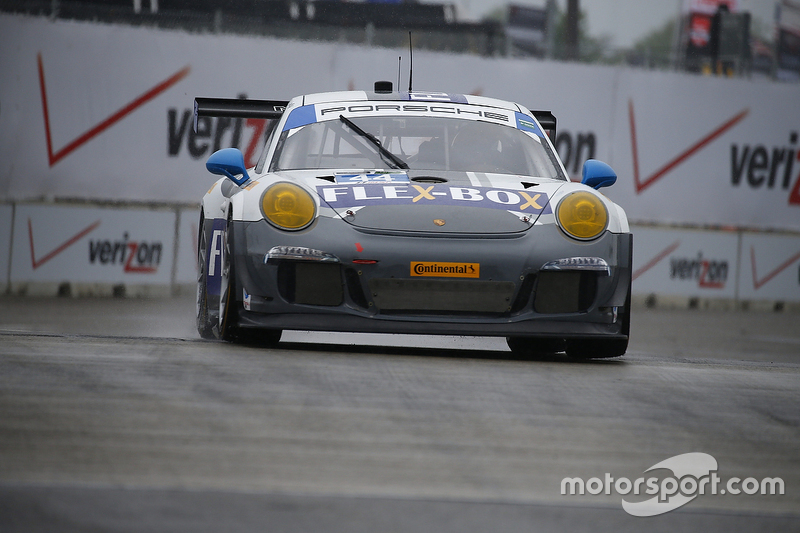#44 Magnus Racing, Porsche 911 GT America: John Potter, Andy Lally