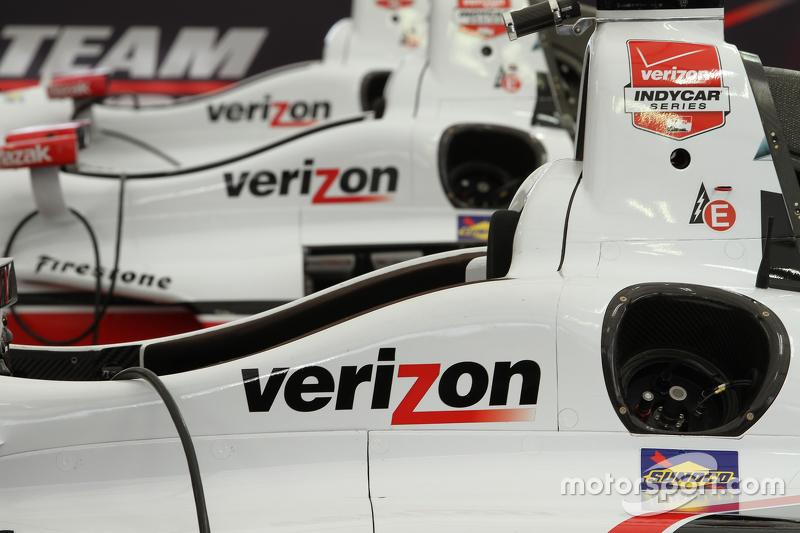 Team Penske, Autos