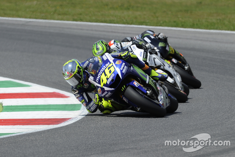 Valentino Rossi, Yamaha Factory Racing con Cal Crutchlow, Team LCR Honda and Bradley Smith, Tech 3 Yamaha
