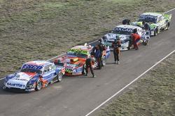 Технічна інспекція Хосе Савіно, Savino Sport Ford та Джонатан Кастеллано, Castellano Power Team Dodg