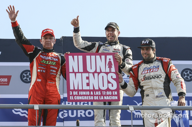 Podium: Guillermo Ortelli, JP Racing, Chevrolet; Juan Manuel Silva, Catalan Magni Motorsport, Ford, und Mauricio Lambiris, Coiro Dole Racing, Torino