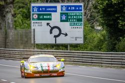 #71 AF Corse Ferrari 458 GTE: Davide Rigon, James Calado, Olivier Beretta