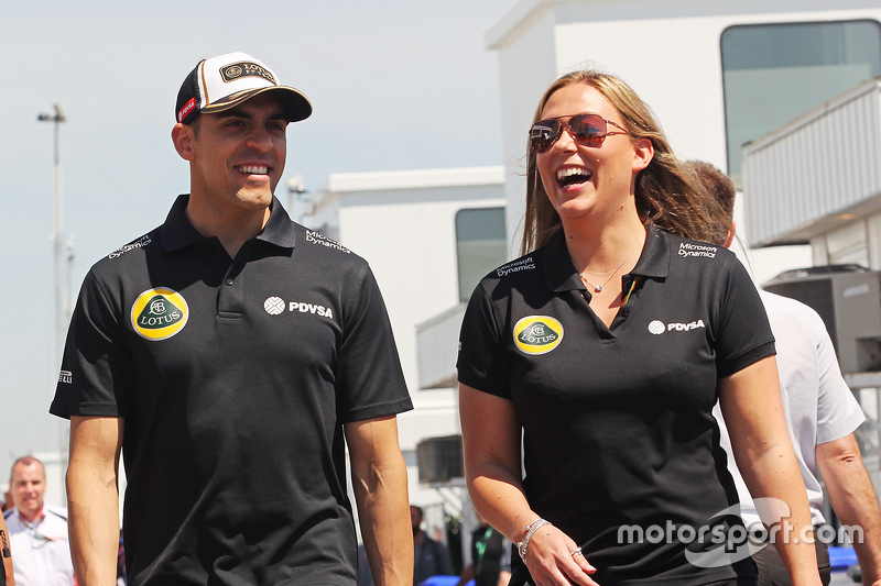 Pastor Maldonado, Lotus F1 Team with Aurelie Donzelot, Lotus F1 Team Media Communications Manager