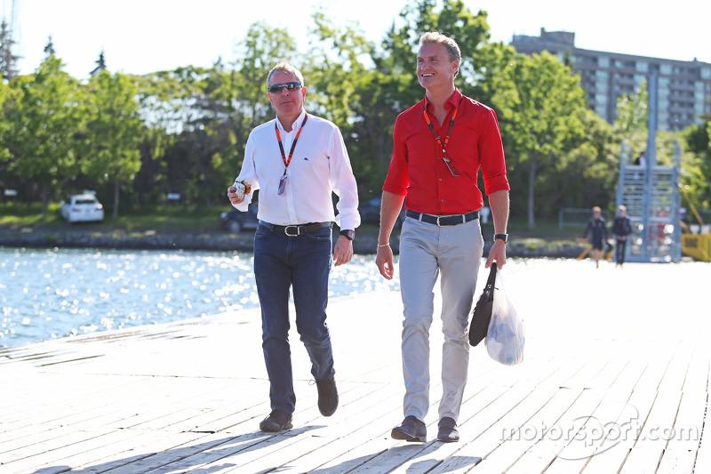 Мартін Брандл, Sky Sports Коментатор з Девід Култхард, Red Bull Racing та Scuderia Toro Радник / BBC