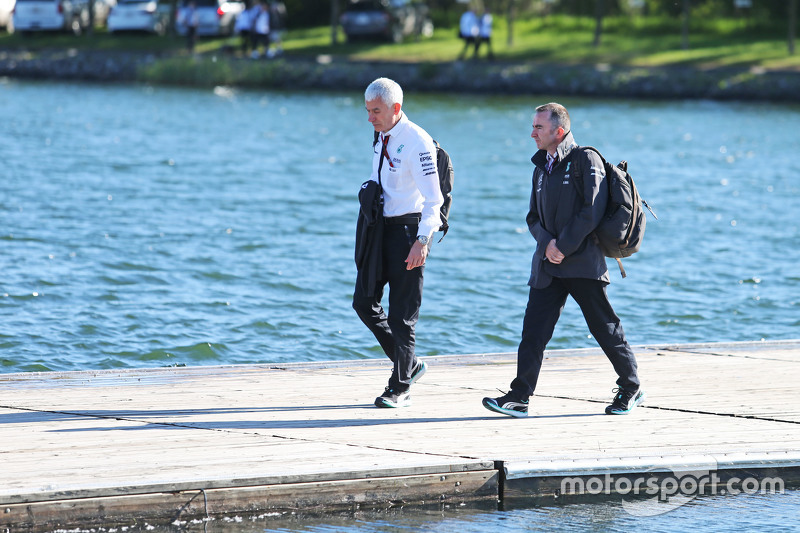 Geoff Willis, Mercedes AMG F1 Technology Director with Paddy Lowe, Mercedes AMG F1 Executive Director