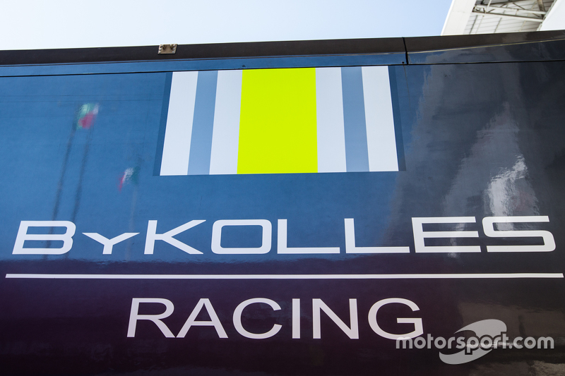 Transport dan logo / signage ByKolles Racing