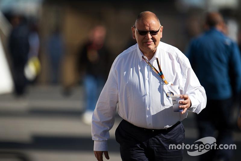 Пет Бехар, FIA