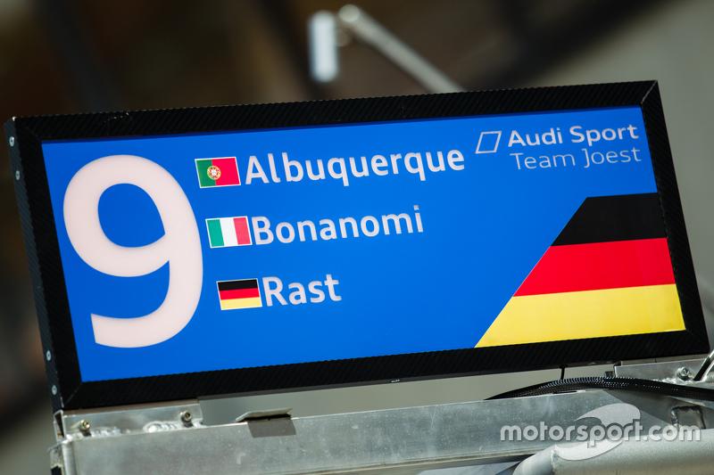 #9 Audi Sport Team Joest, Audi R18 e-tron quattro, Boxentafel