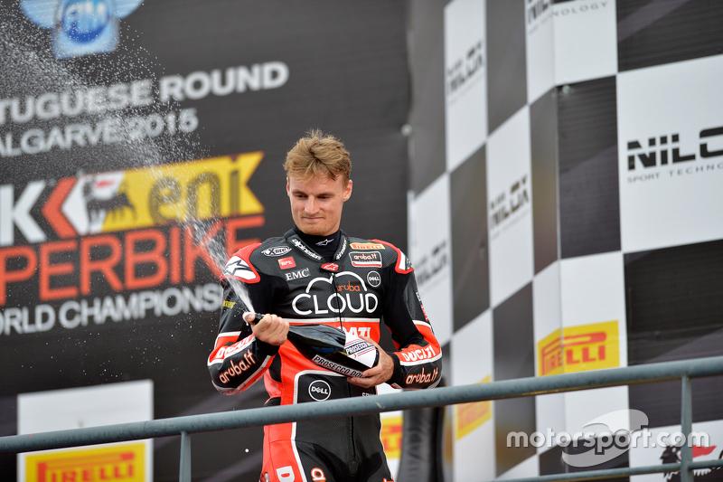 Chaz Davies, Ducati Superbike Team, auf dem Podium in Portimao