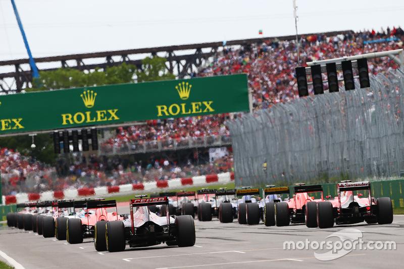 Макс Ферстаппен, Scuderia Toro Rosso STR10 на початку гонки