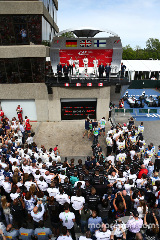 Podium: First place Lewis Hamilton, Mercedes AMG F1 W06, Second place Nico Rosberg, Mercedes AMG F1