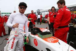 Will Stevens, Manor Marussia F1 Team, sulla griglia di partenza