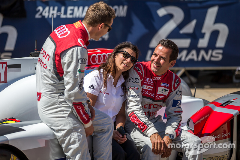 #7 Audi Sport Team Joest Audi R18 e-tron quattro: Marcel Fässler, Benoit Tréluyer dengan Leena Gade