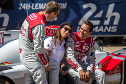 #7 Audi Sport Team Joest Audi R18 e-tron quattro: Marcel Fässler, Benoit Tréluyer with Leena Gade