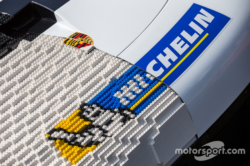 Ein Porsche 911 aus Lego