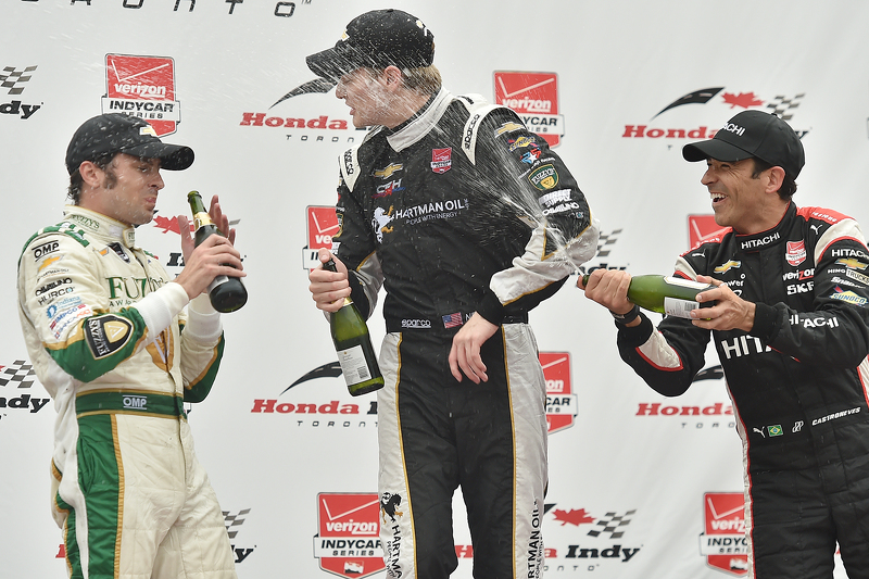 Podium: race winner Race winner Josef Newgarden, CFH Racing Chevrolet, second place Luca Filippi, CF