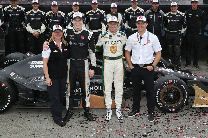 Race winner Josef Newgarden, CFH Racing Chevrolet and second place Luca Filippi, CFH Racing Chevrole
