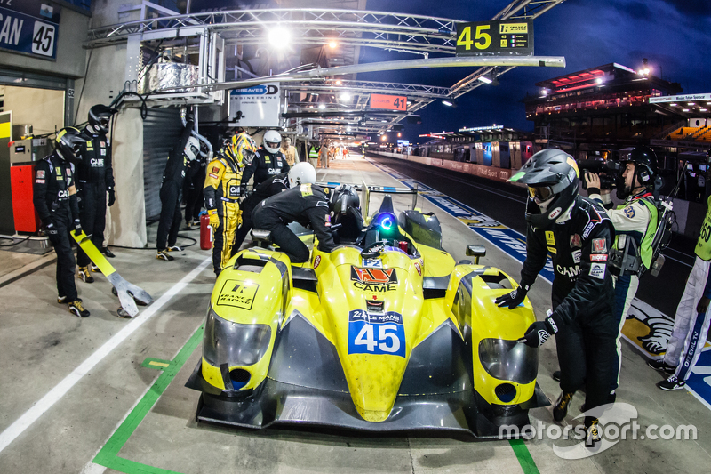 Pit stop for #45 Ibanez Racing ORECA 03R: Pierre Perret, José Ibanez, Ivan Bellarosa