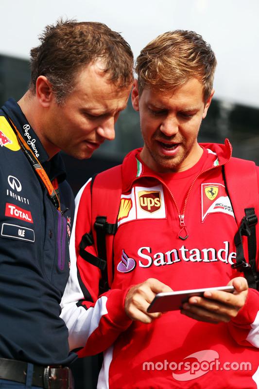 Оле Шак, Red Bull Racing механік з Себастьян Феттель, Ferrari