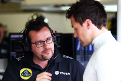 Julien Simon-Chautemps, Lotus F1 Team Race Engineer met Jolyon Palmer, Lotus F1 Team