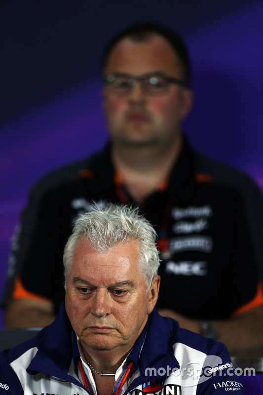 Pat Symonds, Williams Chief Technical Officer in de FIA persconferentie