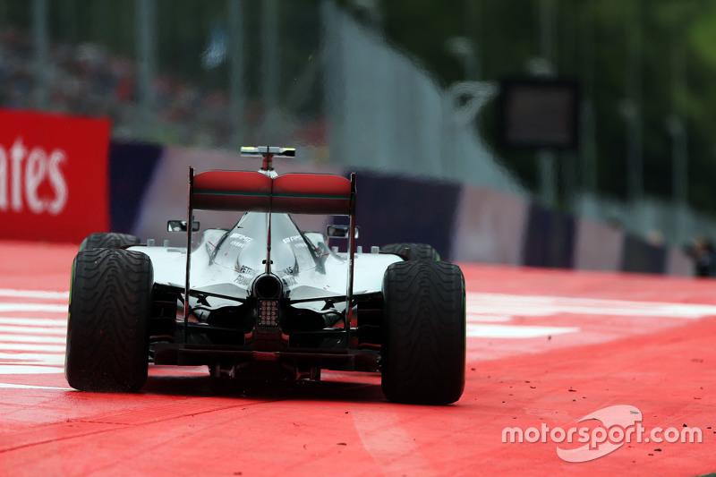 Nico Rosberg, Mercedes AMG F1 W06, kommt von der Linie ab
