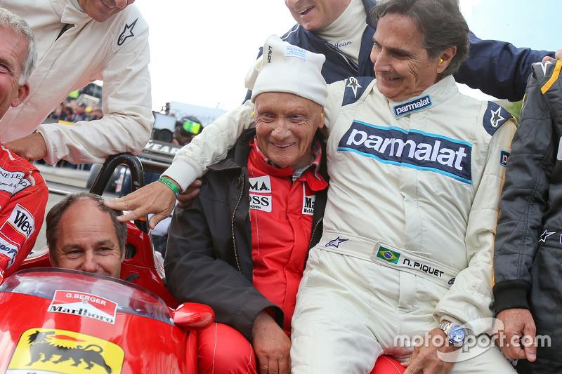 Drivers at the Legends Parade: Christian Danner, Riccardo Patrese, Gerhard Berger, Niki Lauda, Mercedes Non-Executive Chairman; Jean Alesi, Nelson Piquet,