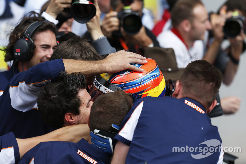 Race winner Oscar Tunjo, Trident celebrates his win in Parc Ferme