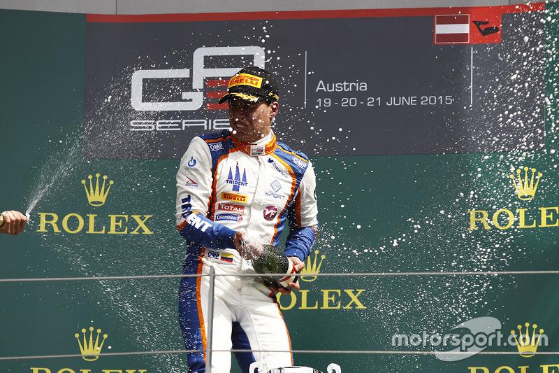 Race winner Oscar Tunjo, Trident