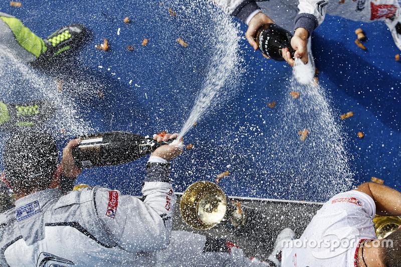 Champagner für alle
