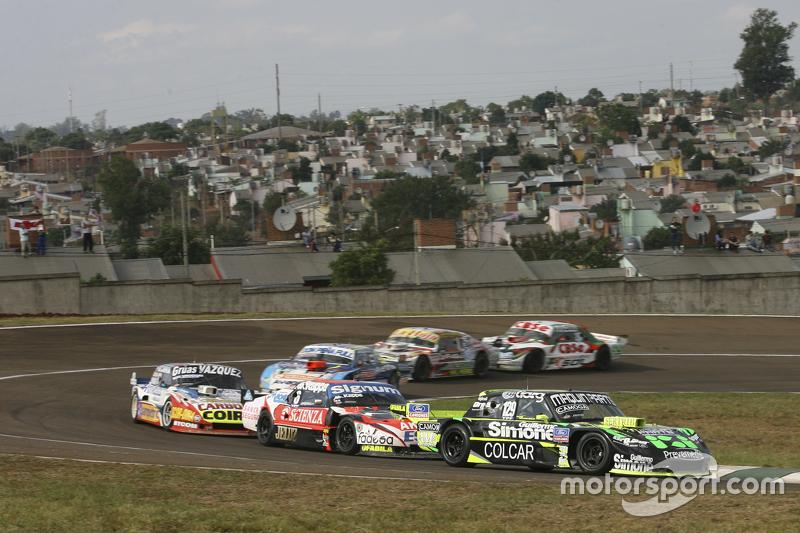 Mauro Giallombardo, Maquin Parts Racing, Ford; Guillermo Ortelli, JP Racing, Chevrolet, und Lionel U