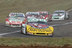 Nicolas Bonelli, Bonelli Competicion Ford, dan Mariano Altuna, Altuna Competicion Chevrolet, dan Ped
