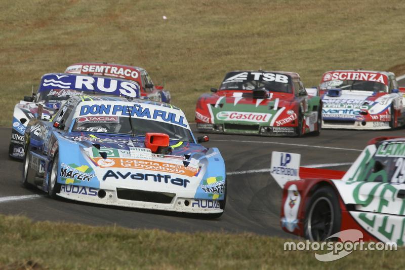 Мартін Понте, RUS Nero53 Racing Dodge та Габріель Понсе де Леон, Ponce de Leon Competicion Ford та Х