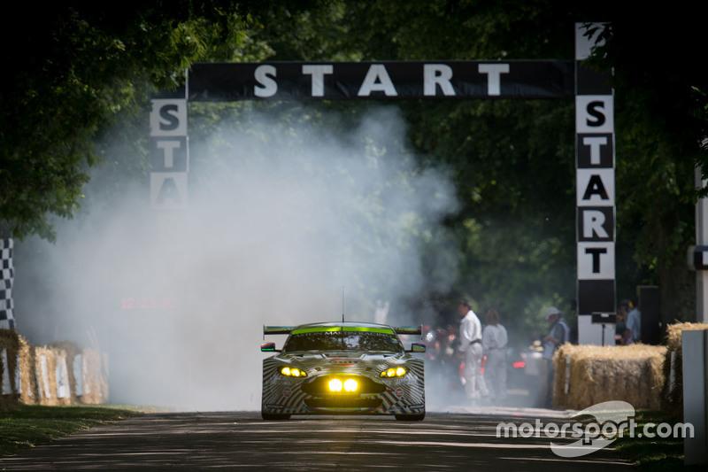 Aston Martin V8 Vantage GTE art car