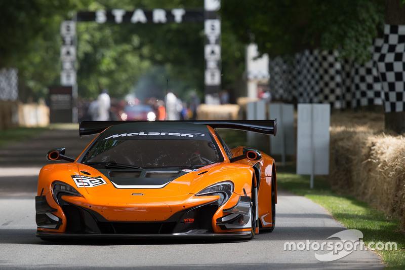 McLaren 650s GT3 - Alvaro Parente