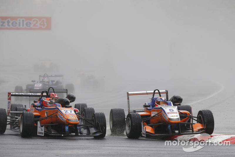 #27 Mikkel Jensen, Mücke Motorsport, Dallara Mercedes-Benz, und #5 Santino Ferrucci, Mücke Motorsport, Dallara Mercedes-Benz