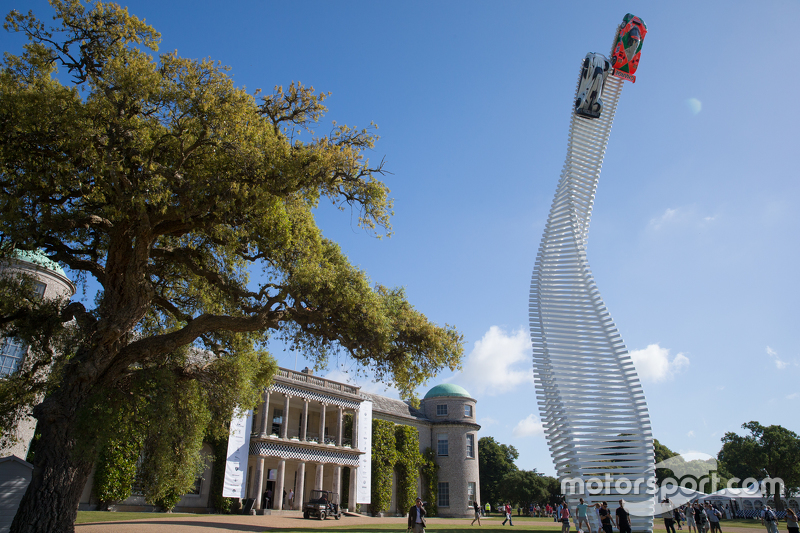 Goodwood display featuring Mazda