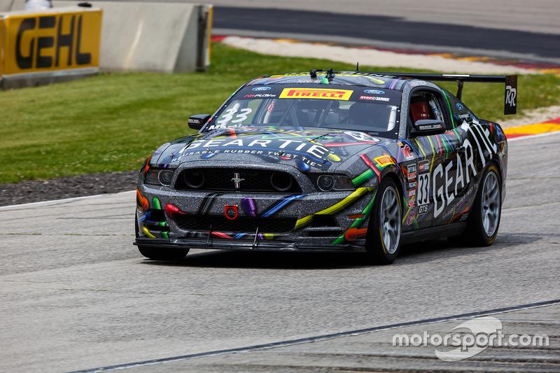 #33 Capaldi Racing Ford Boss 302: Dan Martinson