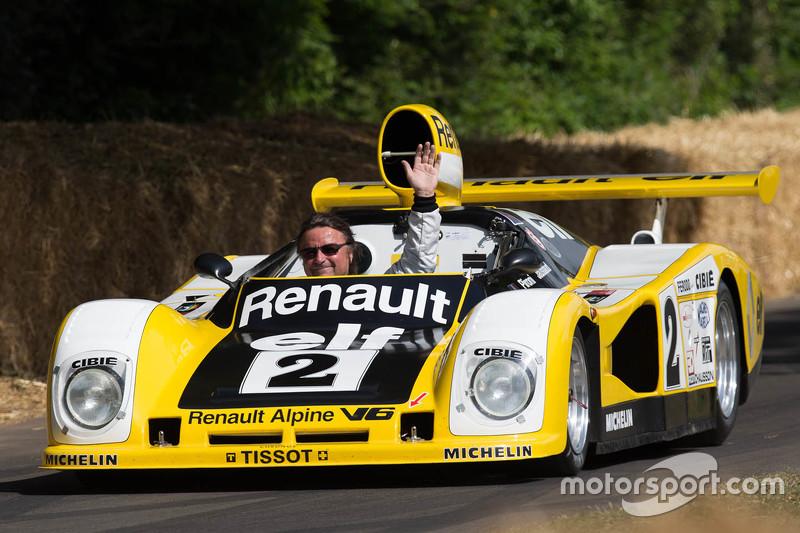 René Arnoux in the Renault Alpine A442