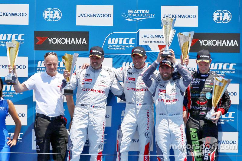 Podium: winner Sébastien Loeb, Citroën C-Elysée WTCC, Citroën World Touring Car team, second place Y